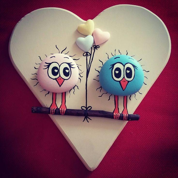 Sevgililer gunu icin  #siparisalinir #hediyelik #hediye #sevgililergünü #valentinadays #sevgiliyeozel #birds #kuş #art #sanat #tasarim #creative #taşboyama #stoneart #stonepainting #pebbleart #rockpainting #paintrock #hobinisat #10marifet #marifetlieller #emekatolyesi #lovestory #loves #aşk