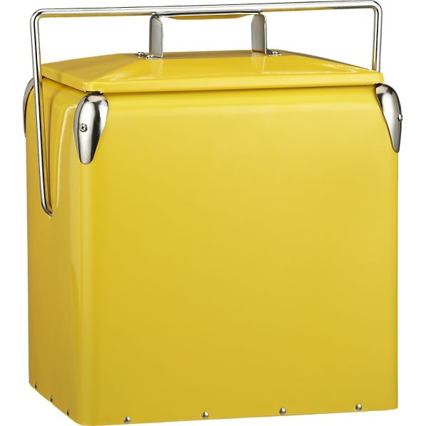 .: Summer Picnic, Bottle Open, Picnics Coolers, Vintage Picnics, Crates And Barrels, Vintage Inspiration, Yellow Picnics, Beaches Picnics, Food Container