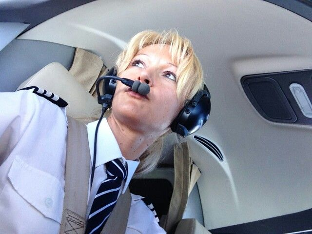 Air Serbia welcomes first women pilots in the history of Serbian national airlines. Jan 2014