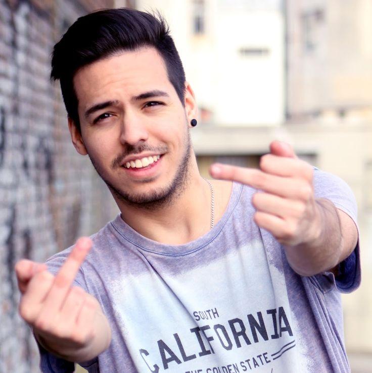 Contratar Gonzaa Fonseca: https://worldmusicba.com/contratar-a-gonzaa-fonseca/ Teléfonos: (011) 4371-7571 - 4371-3092 / Mail: infoguiad@worldmusicba.com / Whatsapp: +5491161373030 (de 10 a 17 hs)