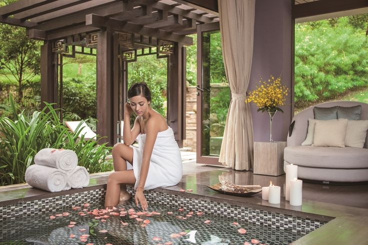 We've a huge array of treatment to choose from - massage, facials and traditional Chinese therapies. Simply let us know what you'd like and we'll match you to the best treatment for you both. #pamper #honeymoon #romance