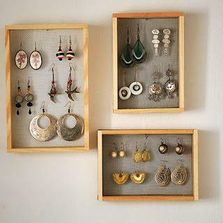 Organize your jewerly with a net and a portrait | organiza tus pendientes con este joyero de red