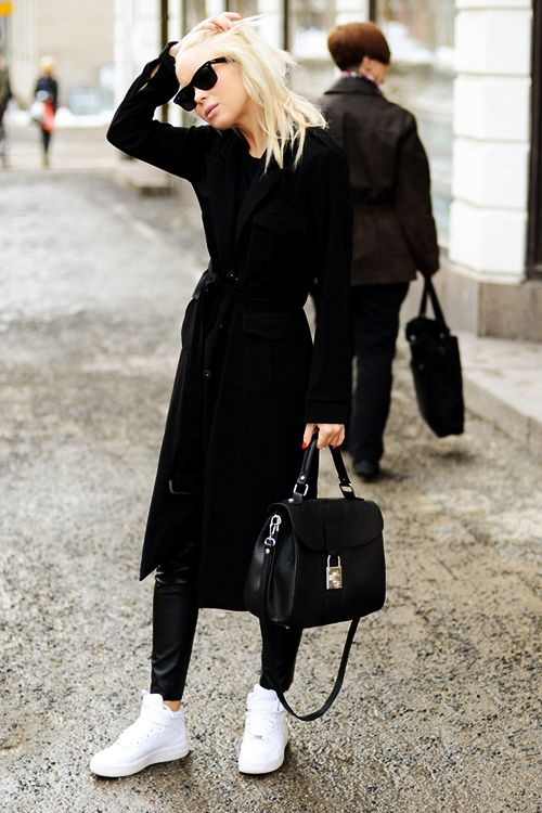Minimal inspiration. Minimalism and simple art and fashion.