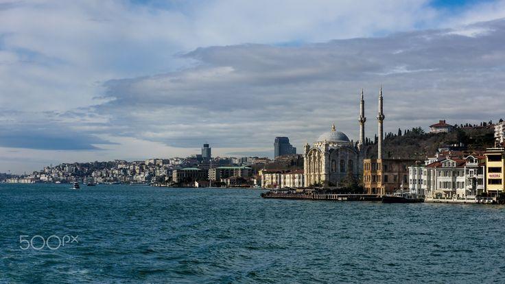 Istanbul Perspectives - Büyük Mecidiye Camii, Bosporus