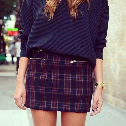 This skirt makes me wish I could pull off plaid