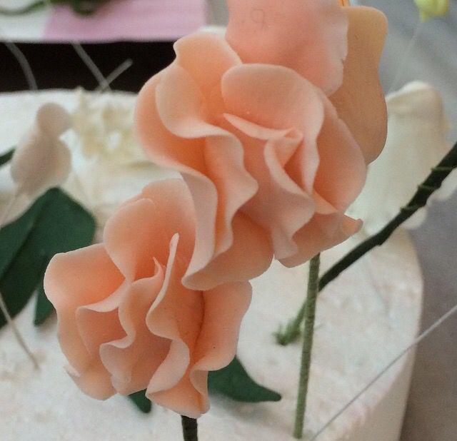 Tatlı bezelyelerim çok tatlılar gerçekten... #ayşeyaman #şekerdençiçekler #cakeinlove #mavifırın #mersinbutikpasta