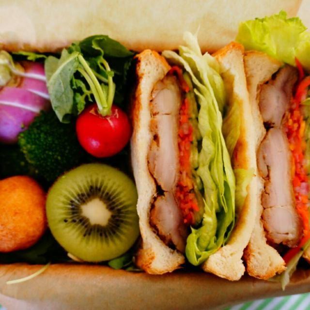 ベトナム風に味付けしたチキンとなますで、フランスパンではなく食パンでバインミー風サンドイッチ! - 96件のもぐもぐ - ベトナム風サンドイッチ弁当 by hoppe