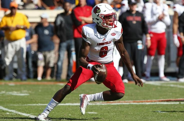 3 Reasons Louisville Cardinals Quarterback Lamar Jackson Will Win The Heisman Trophy