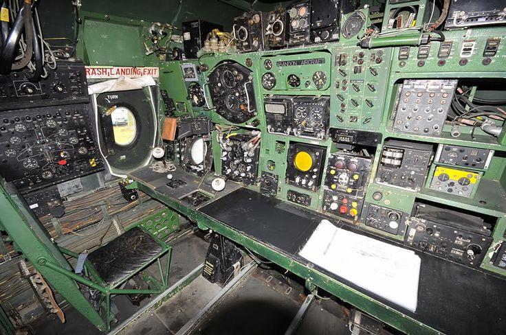 Vickers Valiant XD875