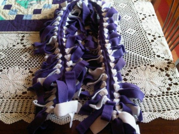 Learn how to make a quick and easy no sew scarf!