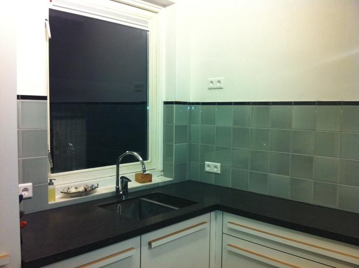 Wandtegels 15x15 piet zwart keuken tinglazuur mooie nuances mozaiek utrecht pinterest - Heel mooi ingerichte keuken ...