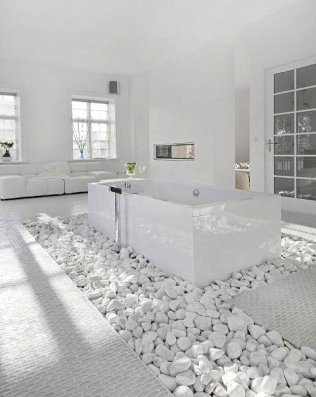 All White: Bathroom Design, Dreams, Modern Bathroom, Bathroomdesign, White Bathrooms, Bathroom Interiors Design, Rocks, White Wall, Design Bathroom