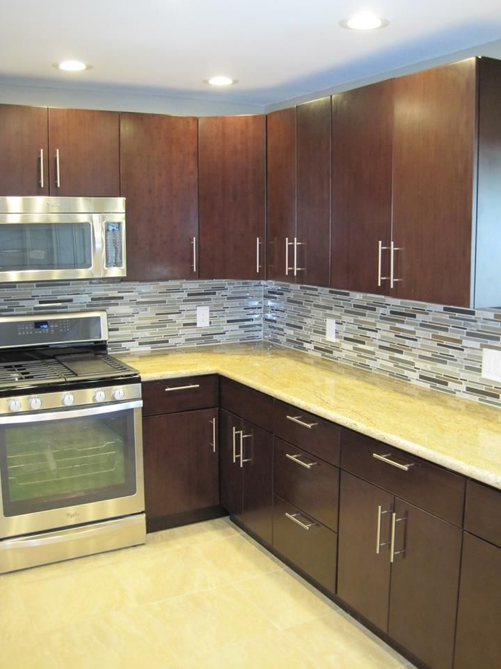 Tribecca kitchen cabinets by kitchen cabinet kings for Kitchen cabinets king