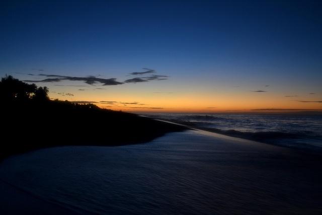 Antes del Amanecer en Monterrico, Guatemala by Luciaco, via Flickr