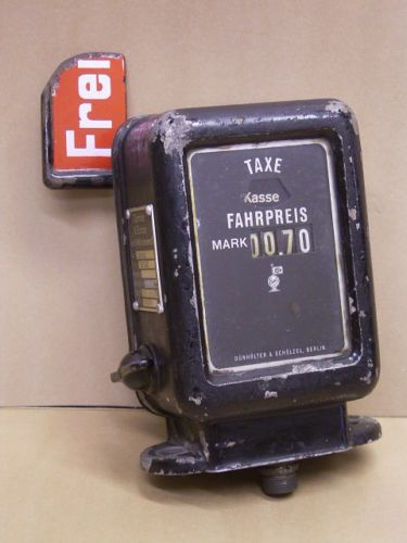 1939 German Taxi meter by Dünhölter & Schölzel Berlin SW 68 , Köster Damm 24