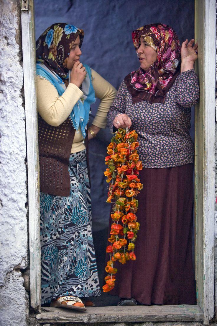 Gossip . Turkey