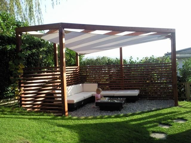 pergola holz mit sonnensegel ged sitzplatz sonnenschutz. Black Bedroom Furniture Sets. Home Design Ideas