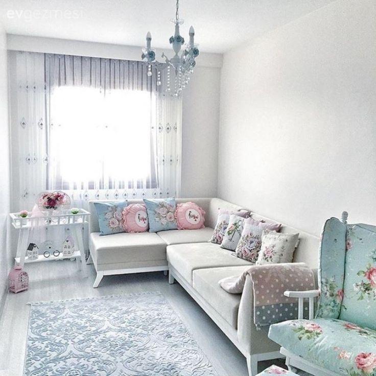 Yeni evli ev sahibimiz Hilal hanımın evinden kareleri sizlerle paylaşmıştık. Ev sahibimiz evinin dekorunu zamana sınırlamadan, keyifle tamamlayınca, yeni odalardan fotoğraflar da yavaş yavaş geliyor....
