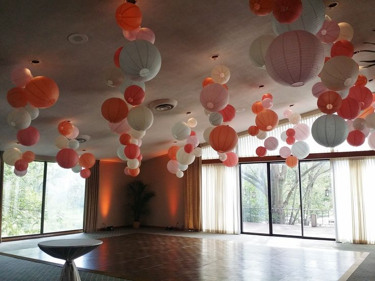 Hanging Clusters Of Paper Lanterns By Garrett Design Group At Idlewild Country Club In Flossmoor