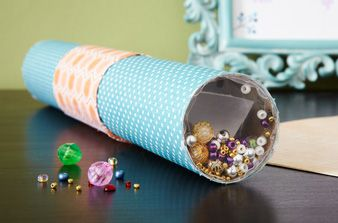 how to make a kaleidoscope with a paper towel roll
