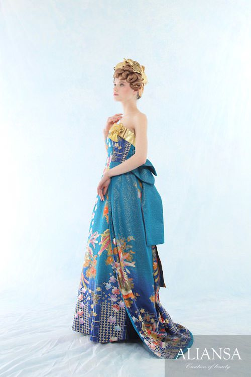 エンパイヤ風の綺麗な和ドレス☆ オリエンタルでモダンなカラードレスの参考一覧。
