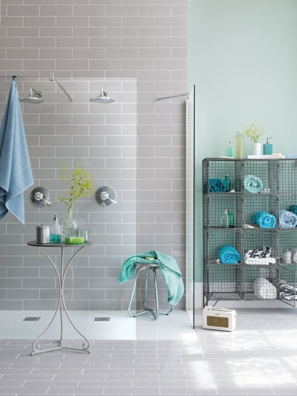 Moderne Badezimmerarmatur Mit Zwei Duschen