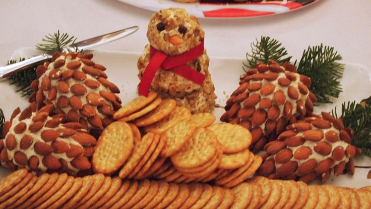 Easy Holiday Appetizer Christmas Pinterest Almonds