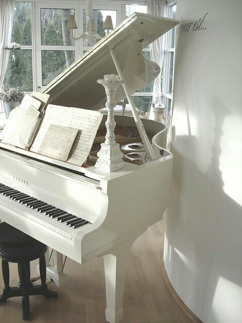 I love a pretty white piano. http://pinterest.com/cameronpiano