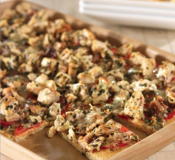 Chicken, Tomato and Basil Flatbread in the Medium Bar Pan, direct from the Pampered Chef Test Kitchens! A recipe straight from The Pamper...