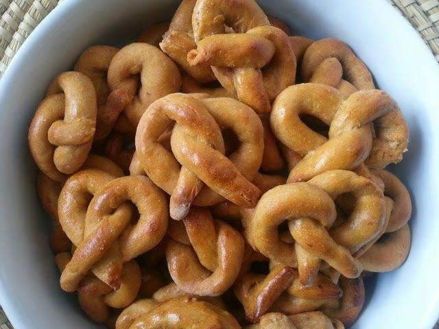 oh que perro!: Receta de Galletas de Boniatos para perros. Sweet Potato PretzelsRecipe for dogs