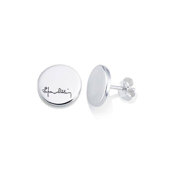 """Efva Attling smykker Efva Attling lager tidløse smykker med mening. Smykkene reflekterer hennes lidenskap for design, høy kvalitet og """"det lille ekstra"""". Hun inspirerer mange mennesker med kraft, mot og håp gjennom sine smykker som hun kaller """"Beauty with a thought."""""""