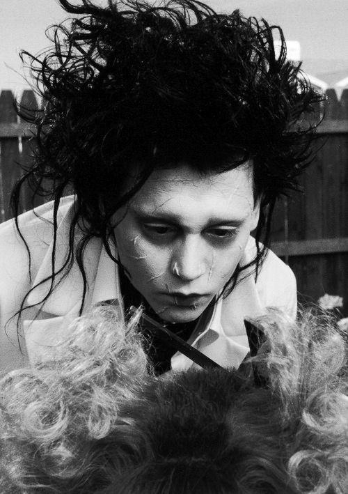 Edward Scissorhands Johnny Depp black and white photography cinematography