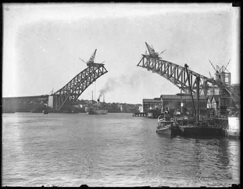 Sydney Harbour Bridge under construction, May 1930 #sydney #history #sydneyharbour #sydneyharbourbridge http://fat.ly/26doh (Instagram Image from @beliefmedia, 28th March 2017 6:31am).