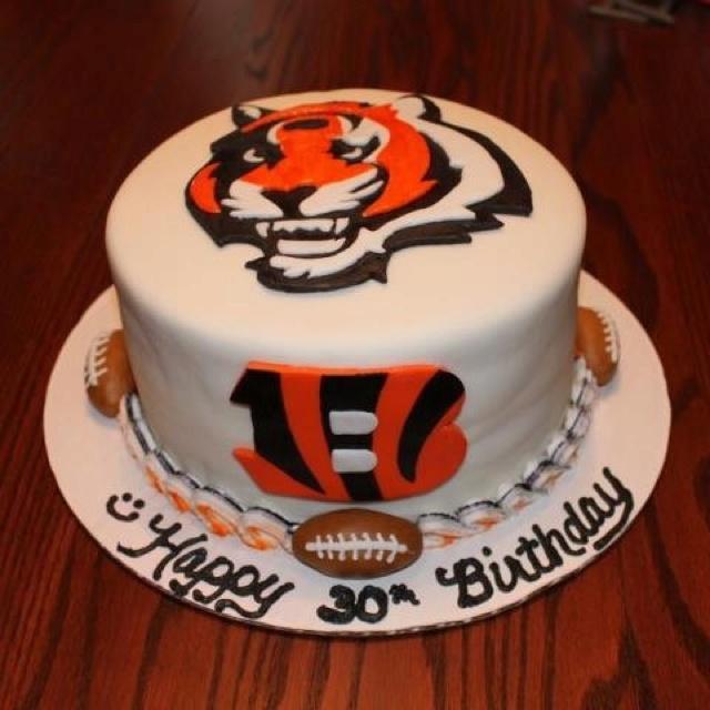 Cake Decorating Store Cincinnati : Cincinnati Bengals Cake! Cincinnati Bengals Pinterest ...