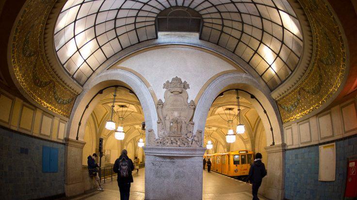 Estación de metro en Berlín, Alemania