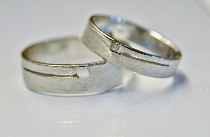 Unieke handgemaakte juwelen - 18kt Goud + briljant - Juweliers Claessens, Collecties, Trouwen