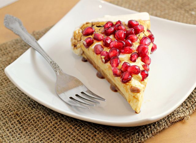 Greek Yogurt Cheesecake with Pomegranate Syrup {GIVEAWAY | Cheesecake ...
