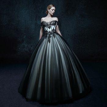 2016 vrouwen zwarte gothic trouwjurken bruid floor lengte kant baljurken uit de schouder applicaties bridal jurk eenvoudige w4392