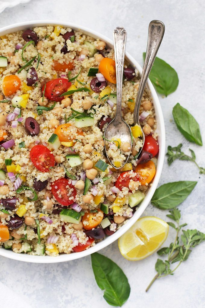My Big Fat Greek Quinoa Salad - Bright, fresh colors and flavors make this perfect for meal prep, barbecues, picnics, and more!