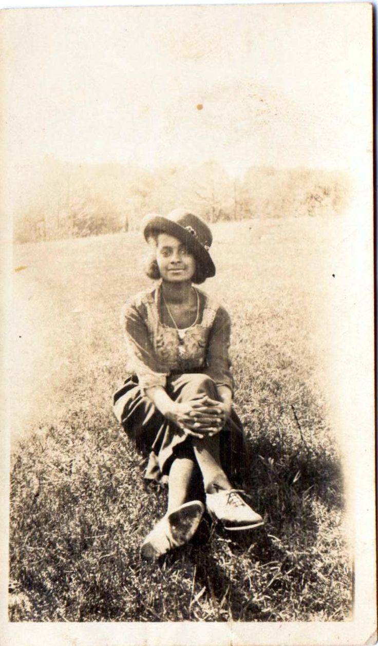 Vintage Pictures Of African Americans  Vintage Photo Of 1920s African  American Woman Sitting In A