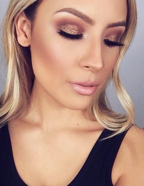 Gold smokey eye & light pink lips