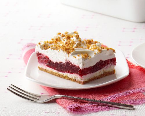 Raspberry Layered Dessert with Jell-O and Philly #fruity