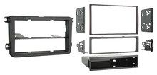 Metra - Double DIN Installation Kit for Select 2005 - 2009 Volkswagen Vehicles - Black, 99-9011