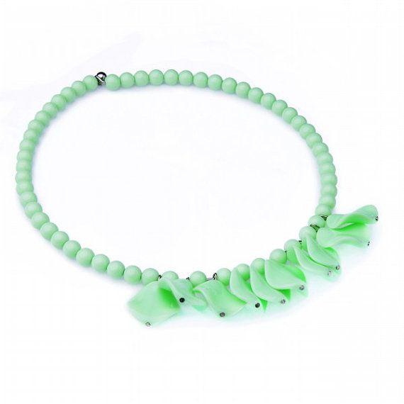 FJ New Mint Green Resin Beads Piece Chain by Glamorosajewelry