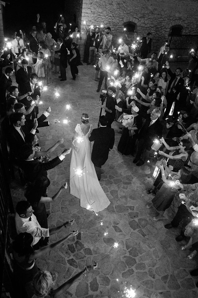 Illuminating the arrival of the bride and groom Son Berga - Alaró Mallorca