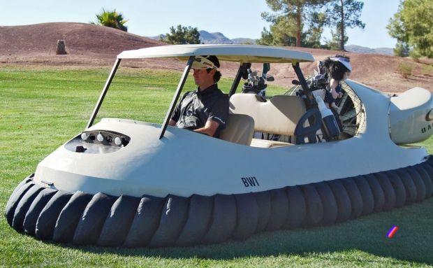Une voiture de golf aéroglisseur - luxury toys new concept store - toys4vip.com