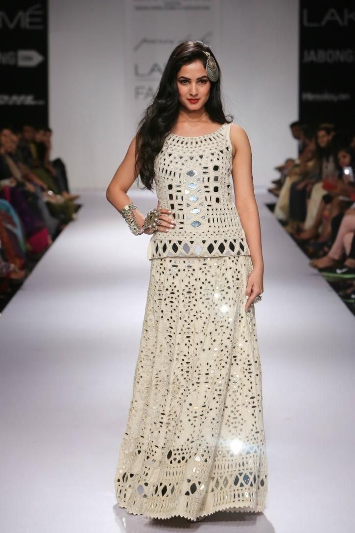 This+Collection+From+India's+Top+Six+Designers+Will+Turn+You+Into+A+Showstopper
