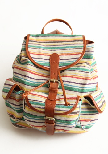 Wanderlust Striped Backpack >> Wonderful bag for any day!