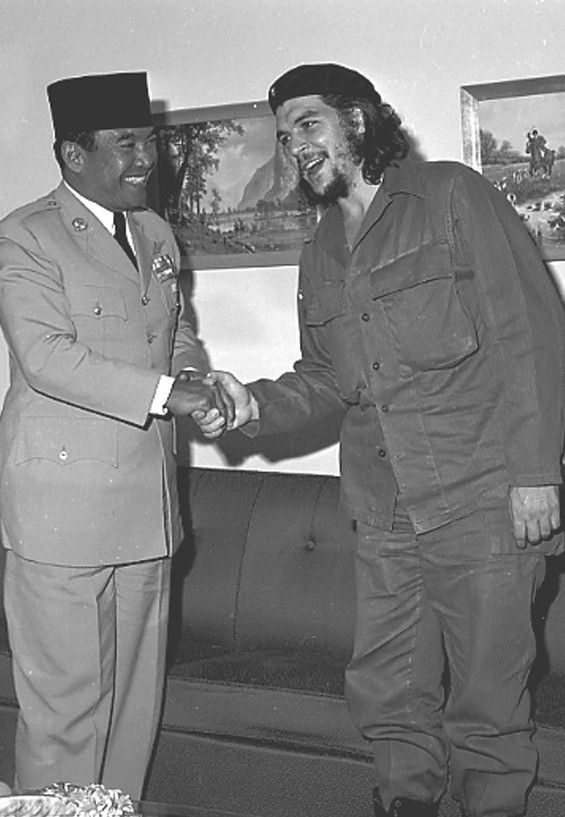 Sukarno & Che Guevara