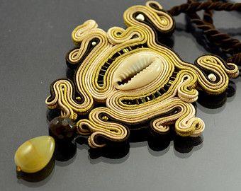 Soutache Necklace Naga Emas will add glamour to by OzdobyZiemi